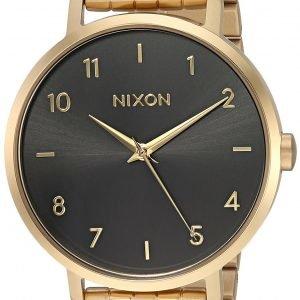 Nixon A10902042-00 Kello Musta / Kullansävytetty Teräs