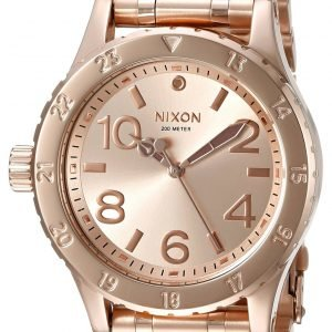Nixon A410897-00 Kello Punakultaa / Punakultasävyinen