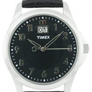 Timex Classic Elevated T2n247 Kello Musta / Nahka
